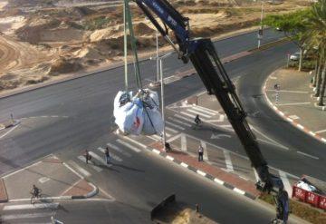 פינוי פסולת עם משאית ייעודית