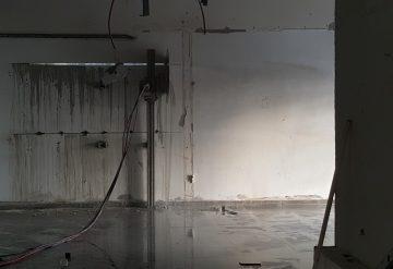 כלים מוכנים לפני ניסור קיר בטון