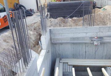 ניסור חומת בטון באתר בנייה
