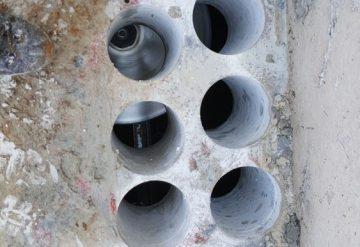 10 חורים בבמת בטון לאחר קידוח